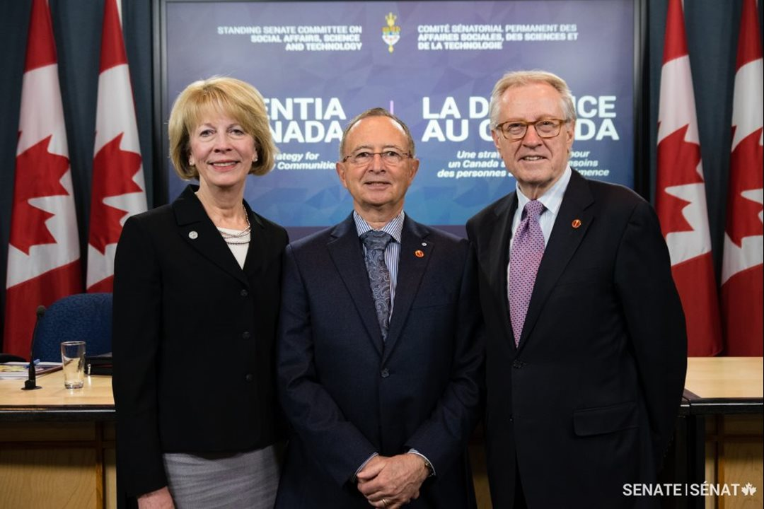 Pictured, from left to right: Debbie Benczkowski, CEO of the Alzheimer Society of Canada, Senator Kelvin Ogilvie, chair of the committee, and Senator Art Eggleton, vice-chair, spoke about dementia in Canada at a press conference in Ottawa on November 15, 2016.