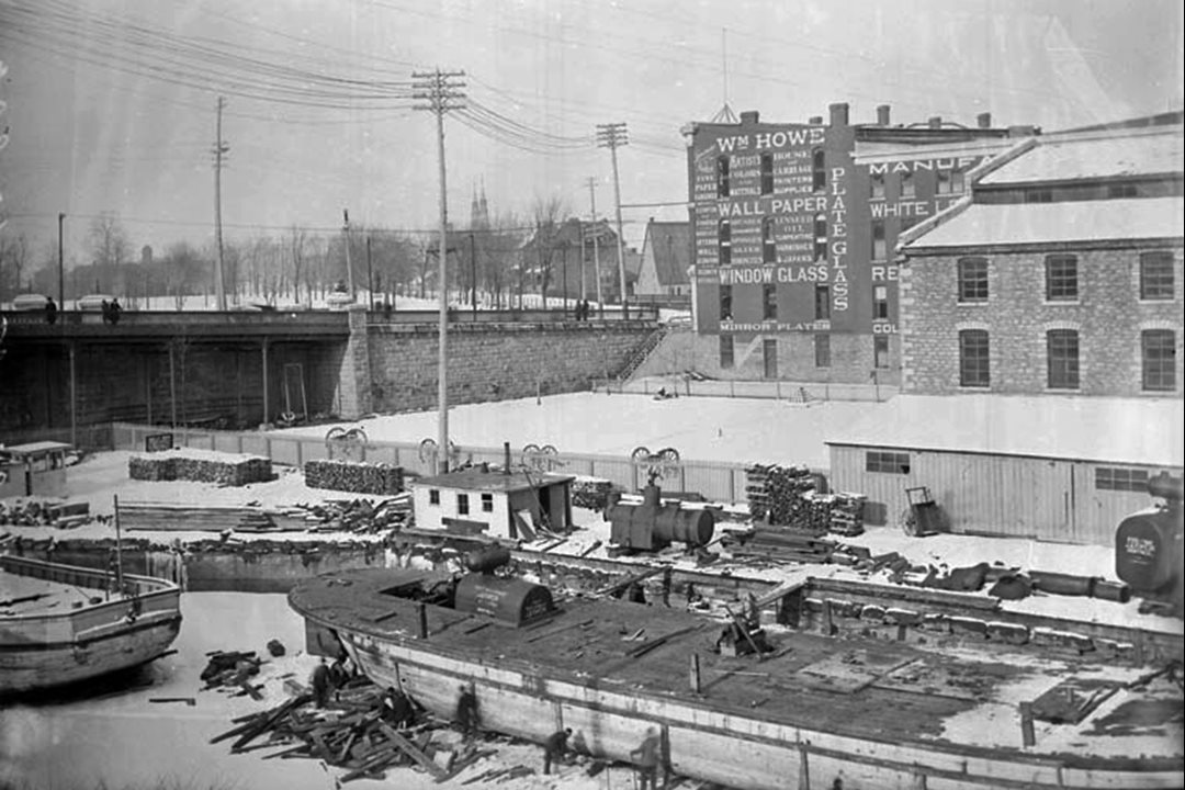 John Rudolphus Booth's Central Station, occupying the site of today's Government Conference Centre, was a freight terminal when this photograph was taken in 1896. (Library and Archives Canada)