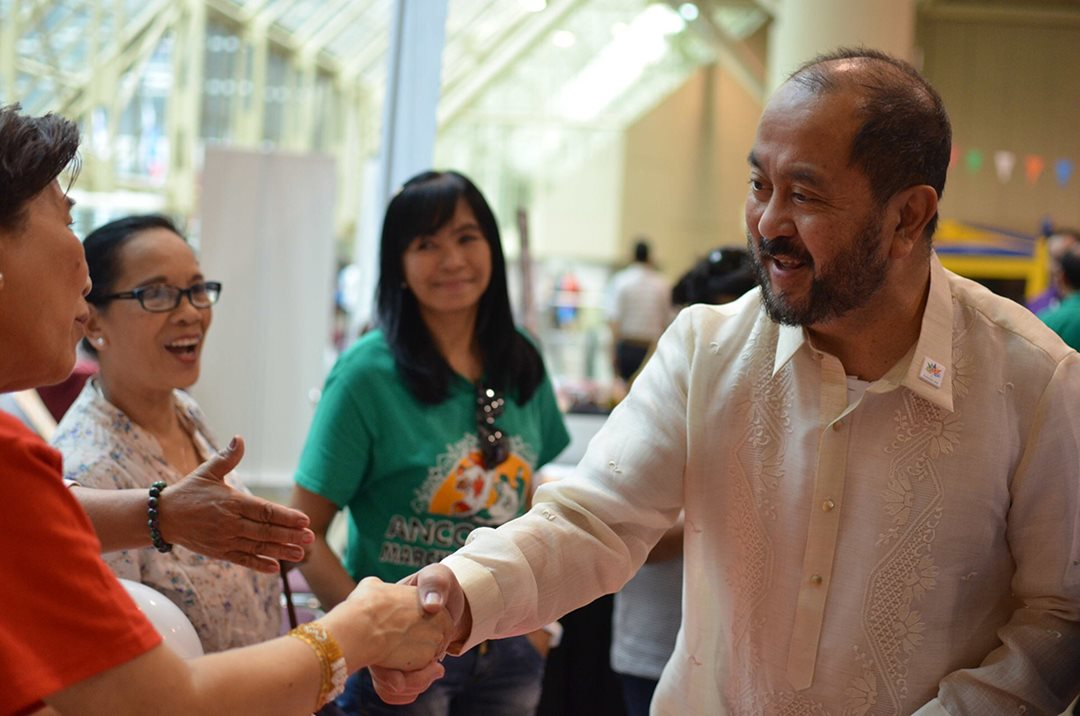 Greeting Filipino-Canadians at Pinoy Fiesta, Metro Toronto Convention Center, June 2017.