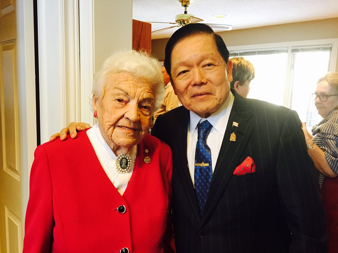 Senator Oh poses with Hazel McCallion.